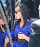 http://img190.imagevenue.com/loc382/th_51315_Demi_Lovato_arrives_into_LAX_Airport_008_122_382lo.jpg