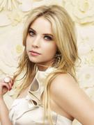 http://img190.imagevenue.com/loc596/th_88486__Ashley_Benson_Pretty_little_Liars_Season_2_Photo_Shooting_01_122_596lo.jpg