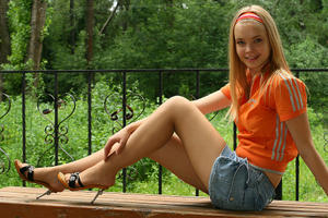 Re: HoseT$$ns: Pretty Young Russian Teen Pantyhose Models Site!